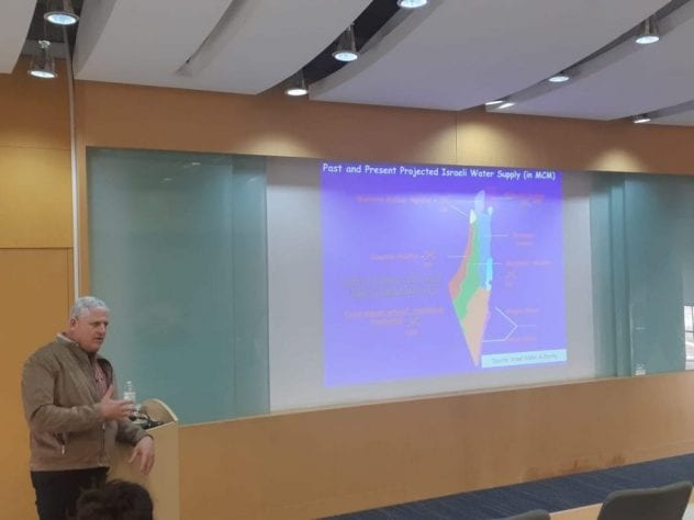 Dr. Clive Lipchin lectures in Javeriana University, Bogota, Colombia